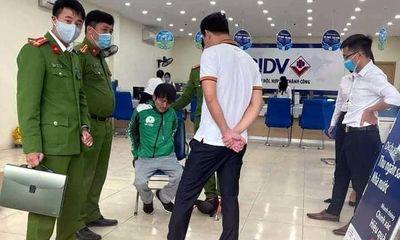 Diễn biến mới nhất vụ tài xế taxi cướp ngân hàng BIDV