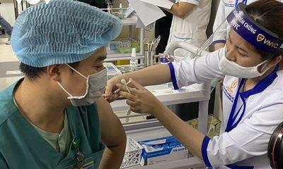 24.054 người được tiêm vaccine COVID-19, 6 trường hợp phản vệ nặng