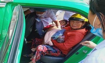 Vừa đi được 2km sản phụ đã chuyển dạ, nam tài xế taxi giúp đỡ đẻ ngay trên xe