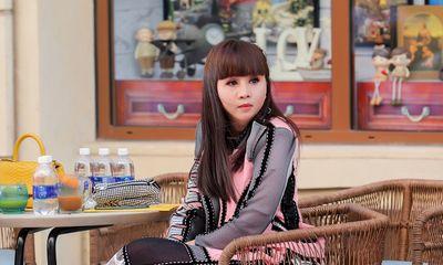 Hoa hậu Hằng Nguyễn đầy cá tính dự show Võ Công Khanh tại Fashion Voyage 2021