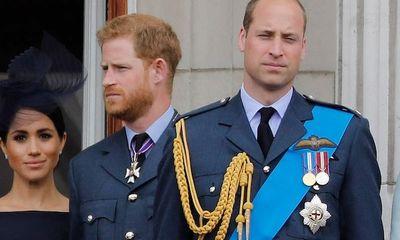 Hành động không ngờ tới của vợ chồng Hoàng tử Harry ngay trước khi rời Hoàng gia Anh gây bất bình