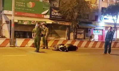 Xe máy tông kinh hoàng vào dải phân cách, nam thanh niên tử vong tại chỗ