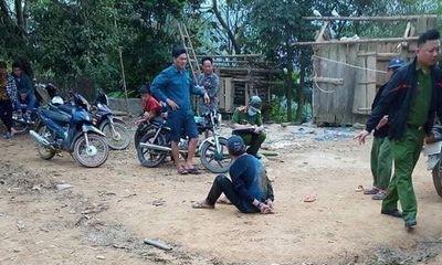 """Lào Cai: Mâu thuẫn khi """"chén chú, chén anh"""", 1 người bị chém tử vong"""