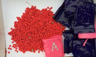 Quảng Trị: Tìm thấy 16.000 viên ma túy tổng hợp trong bao tải vứt bên đường