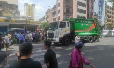 Tin tai nạn giao thông ngày 26/3/: Xe chở rác cán chết phụ nữ bán vé số