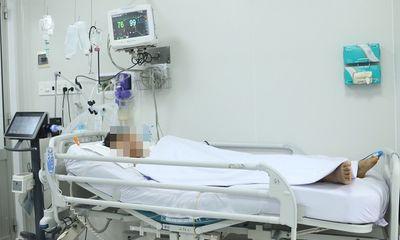 TP.HCM: 3 người trong một gia đình nhập viện cấp cứu, nghi bị ngộ độc patê chay