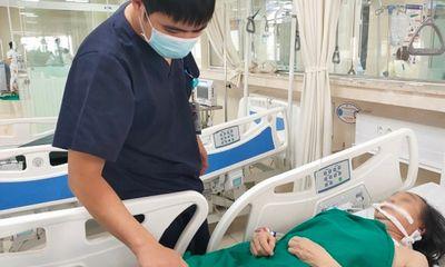 Tự ý dừng uống thuốc, nữ bệnh nhân suy tim bị đột quỵ não