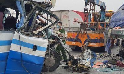 Khởi tố tài xế xe khách đâm đuôi container khiến 3 người thiệt mạng