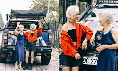 Hai cụ bà U80 ăn mặc như siêu mẫu, tạo dáng