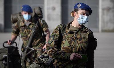 Thuỵ Sĩ lần đầu cho phép phụ nữ mặc nội y nữ giới phục vụ trong quân đội