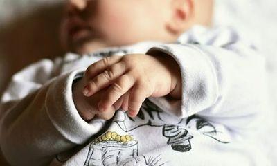 Tin tức đời sống ngày 4/4: Bé trai đầu tiên trên thế giới sinh ra với ba