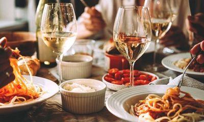 Hé lộ thói quen ăn uống quen thuộc rút ngắn tuổi thọ: Rất nhiều người đều từng làm