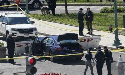 Mỹ: Tấn công bằng xe và dao ngoài Đồi Capitol, 2 cảnh sát thương vong