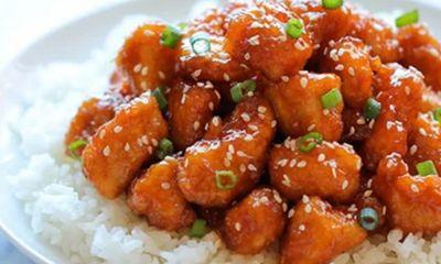 Gà sốt chua ngọt với sốt sánh thơm, cho bữa tối thêm hấp dẫn