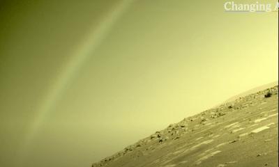 NASA công bố cảnh tượng đáng kinh ngạc được chụp trên sao Hoả, tranh cãi lớn nổ ra vì quá khó tin
