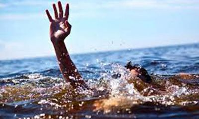 Đi tắm biển Cửa Lò cùng bạn, nam sinh lớp 9 đuối nước thương tâm