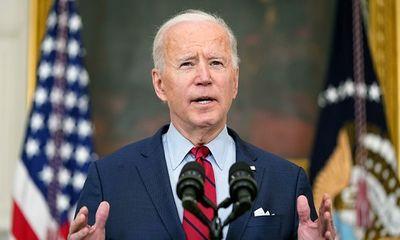 Tổng thống Biden cảm thấy