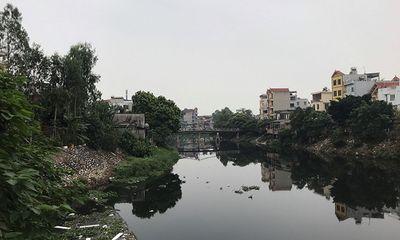 Người dân kêu trời vì nguồn nước sông ô nhiễm