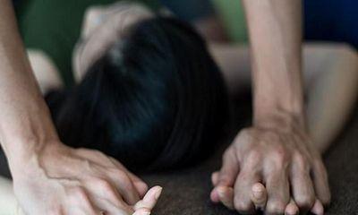 Vụ nữ sinh cấp 3 tố bị nhóm bạn hiếp dâm, quay clip: Mẹ nạn nhân tiết lộ bất ngờ