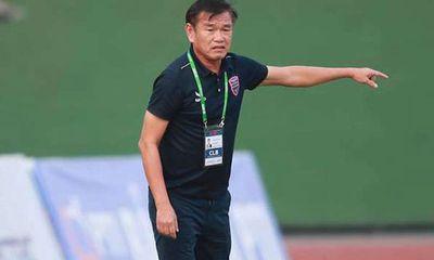 HLV Phan Thanh Hùng rời ghế HLV trưởng CLB Bình Dương vì bệnh tim