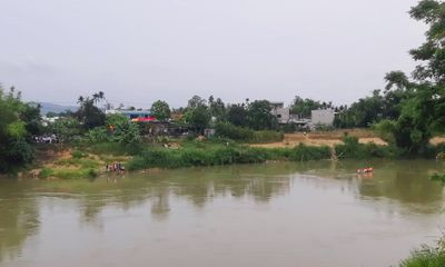 Để lại xe đạp trên cầu, nam sinh 16 tuổi gieo mình xuống sông mất tích