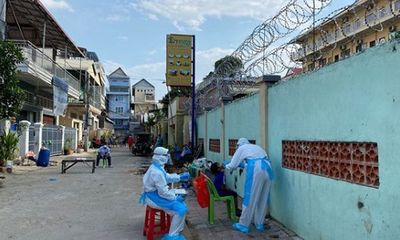 Campuchia thêm gần 300 ca nhiễm COVID-19, sẽ phạt tù người vi phạm lệnh phong tỏa