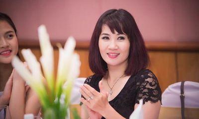 """Nghệ sĩ Nguyệt Hằng: """"Nâng niu hạnh phúc dù tôi từng suýt ly dị vì... nghèo"""