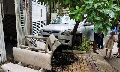 Tin tai nạn giao thông ngày 19/4: Ô tô