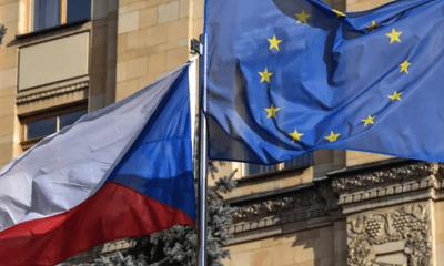 Căng thẳng Nga - CH Séc: Moscow trục xuất 20 nhà ngoại giao Prague về nước