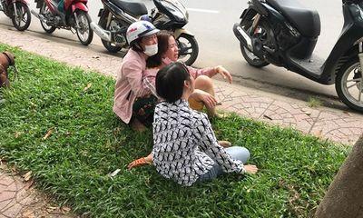 Tin tức tai nạn giao thông ngày 22/4: Mẹ gào khóc bên thi thể con trai tử vong sau va chạm
