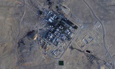 Israel tố Syria phóng tên lửa tới sát sườn lò phản ứng hạt nhân Dimona