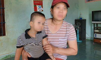 Vụ bé trai 2 tuổi và mẹ bị đổ phân lên người ở Phú Yên: Nạn nhân tiết lộ sốc