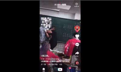 Hoảng hồn cảnh nam sinh bất ngờ cầm kéo lao đến chỗ giáo viên, lời biện minh gây hoài nghi