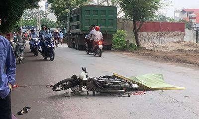 Tin tai nạn giao thông mới nhất ngày 25/4/2021: Nữ sinh lớp 11 bị xe tải cán tử vong trên đường đi học