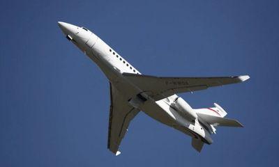 Giới siêu giàu Ấn Độ thuê máy bay phản lực chạy khỏi quê nhà