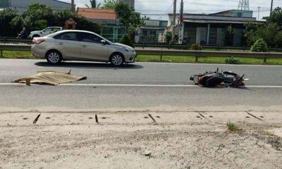 Tin tai nạn giao thông mới nhất ngày 27/4/2021: Tài xế xe máy văng xa gần 10 mét, tử vong sau cú va chạm ô tô