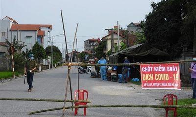 Hà Nam phong tỏa các lối ra vào của thôn có 5 ca dương tính với SARS-CoV-2