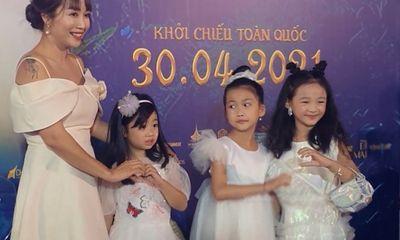 Tin tức giải trí mới nhất ngày 30/4: Ốc Thanh Vân hé lộ cuộc sống hiện tại của con gái Mai Phương