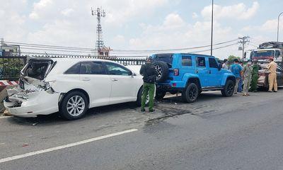 Tin tai nạn giao thông ngày 2/5/2021: 4 ôtô tông liên hoàn sau