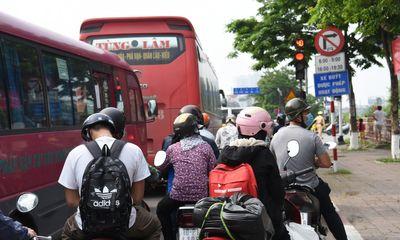 Chủ tịch Hà Nội ra công điện, yêu cầu người dân trở lại sau nghỉ lễ bắt buộc phải khai báo y tế