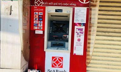 Điều tra vụ một loạt cây ATM ở Bình Dương bị đập phá
