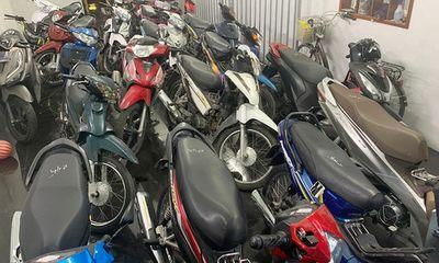 An Giang: Kiểm tra hàng cầm đồ, thu giữ hàng chục xe máy không giấy tờ