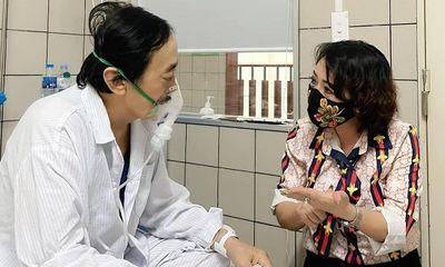 Nghệ sĩ Giang Còi phải nhập viện vì xuất huyết dạ dày