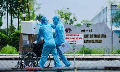 Thêm 14 ca nghi nhiễm COVID-19 tại bệnh viện Bệnh Nhiệt đới Trung ương