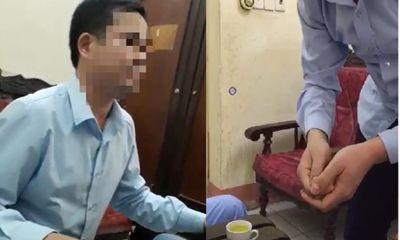 Tình tiết mới nhất vụ bác sĩ bị tố sàm sỡ nữ bệnh nhân 17 tuổi