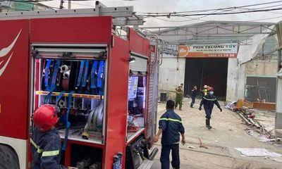 TP.HCM: Cháy lớn ở phim trường, nhiều tài sản bị thiêu rụi