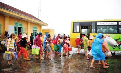 Người dân miền Trung đào hầm, sơ tán tránh siêu bão Haiyan