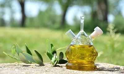 Những loại dầu tự nhiên tốt cho da và tóc