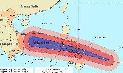 Bão Haiyan giật cấp 17 tiếp tục tiến vào biển Đông