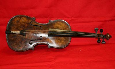 Cây đàn violin đắt giá nhất của vụ chìm tàu Titanic
